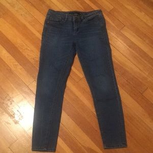 Harper Mid wash Skinny Jeans